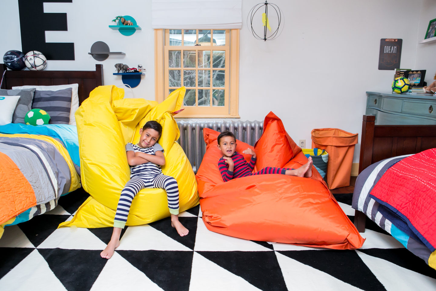 Decorating Kids Rooms with Color